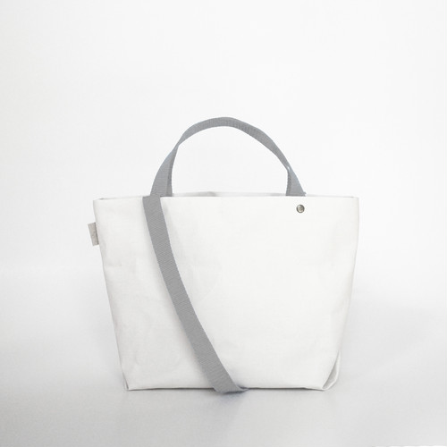【N/no × E/zel.】SOME WAY LIGHT TOTE BAG (S+)_PP/SILVER GRAY