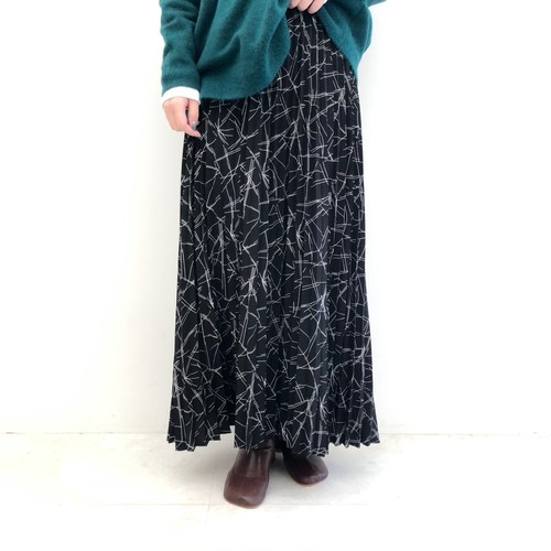 【 CHIGNONSTAR 】- 2192-418 - 柄プリーツスカート