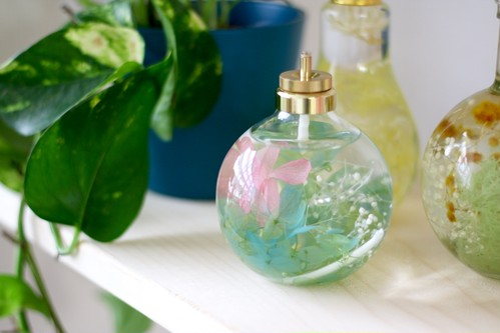 FLOWERiUM®︎ 植物が灯る幻想的なキャンドルランプ