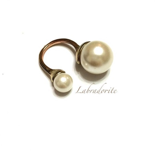 r-01:double pearl ring
