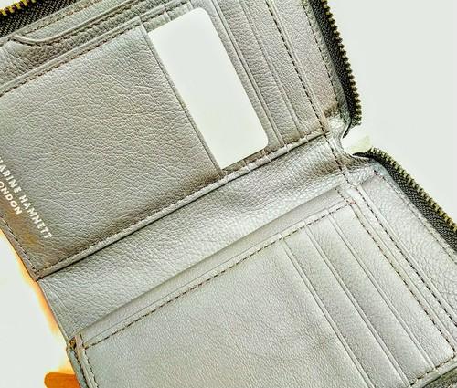 「キャサリンハムネット」 サックスバーシリーズ 二つ折り財布