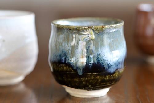 紫香楽灰釉流し ぐい吞み 作:谷井芳山・谷寛窯(信楽焼)