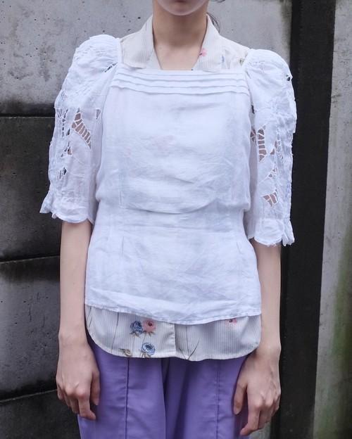 sai kou blouse.