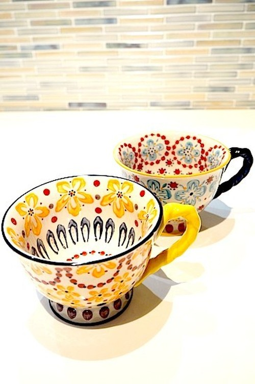 ◇Anthropologie◇With A Twist Teacup2点セット (イエロー&ブルー)