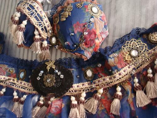 Fusion bra&Bely skirt