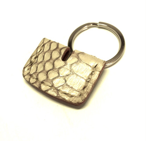 """Leather Key Cover(Cobra)""【Eighteen Leather(エイティーン・レザー)】"