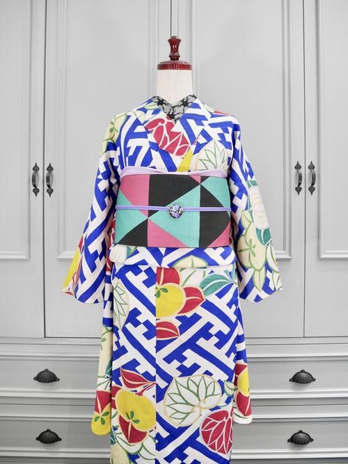 白地にブルー紗綾形と葵と橘アンティーク小紋着物 0226