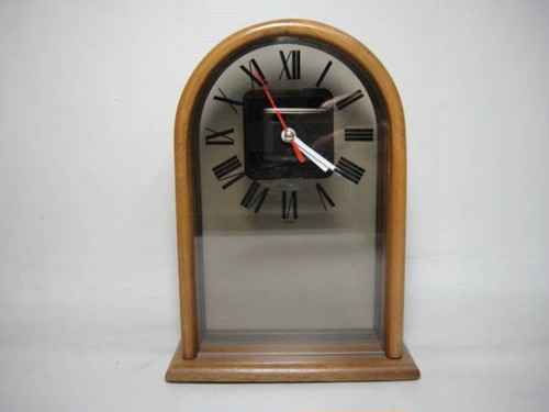Howard Miller Desk Clock