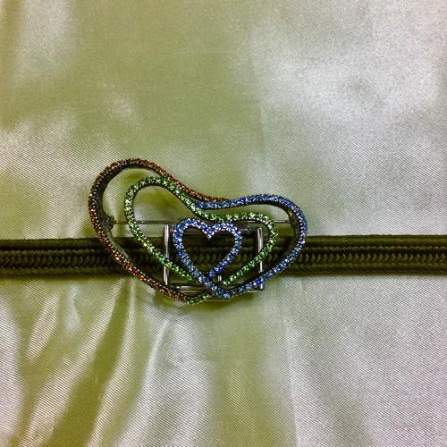 アンティーク ハート型 ブローチ 〈クリスタル〉帯飾り 帯留め 金具付き