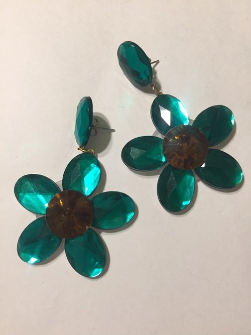 Vintage green flower earrings ( ヴィンテージ  グリーン フラワー ピアス )