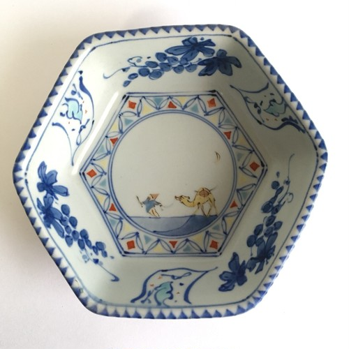染錦葡萄ラクダ六角鉢