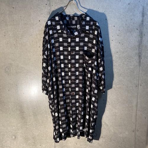 Rayon design short sleeve shirt