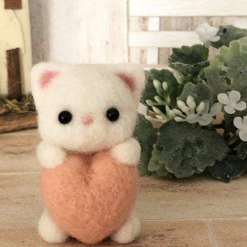 ハート猫❤︎白