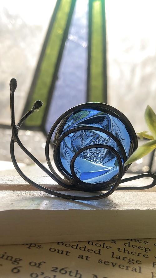 ブルーのバラ柄ガラスの小カタツムリさん♡インテリア