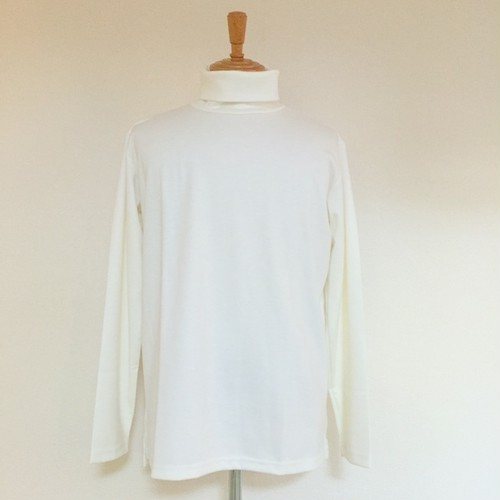 Turtle Neck Cut & Sewn White