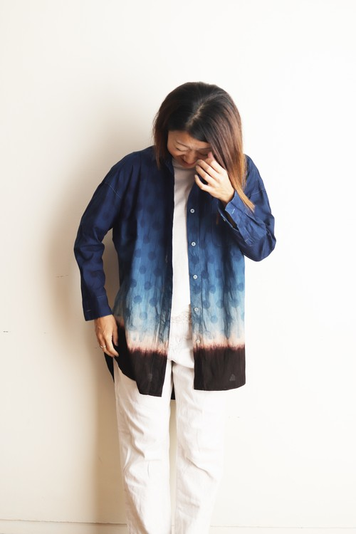 amami  earth color wide shirt dot.