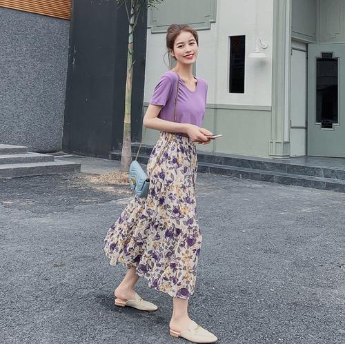 【set】清新人気デザイン2点セットTシャツゆったり+花柄ワンピース M-0175