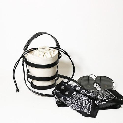 CLAIRE CANVAS black【MORROW】
