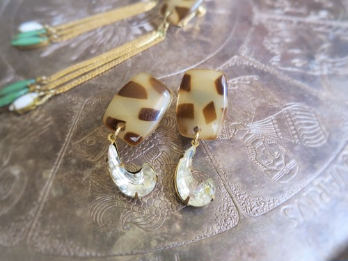 vintage earrings leopard moon <ER-LPM2>