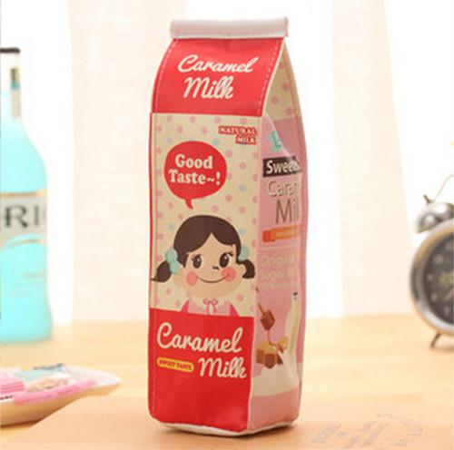 ミルクパック ペンケース 赤