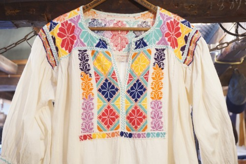 70's Mexican colorful embroidered tunic Top