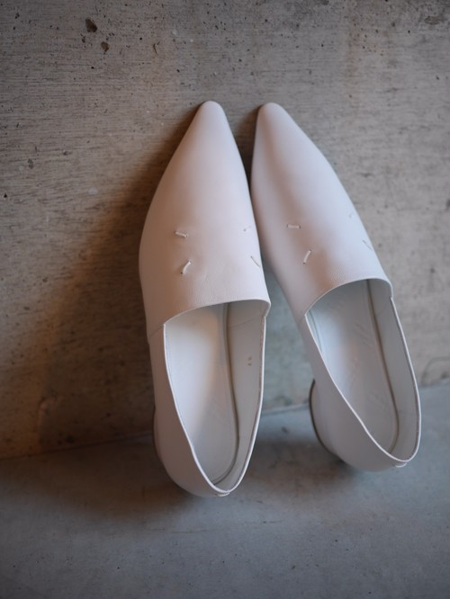Maison Margiela  /  leather loafer (WHITE)