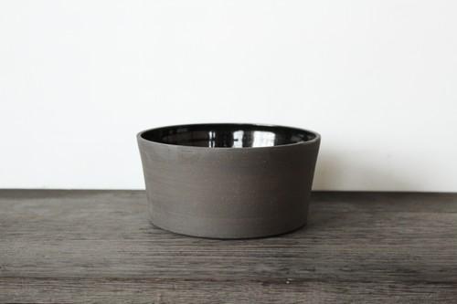 スコットランドの陶芸家【JONO SMART / ジョノスマート】Breakfast Bowl ブレークファーストボウル (BLK)