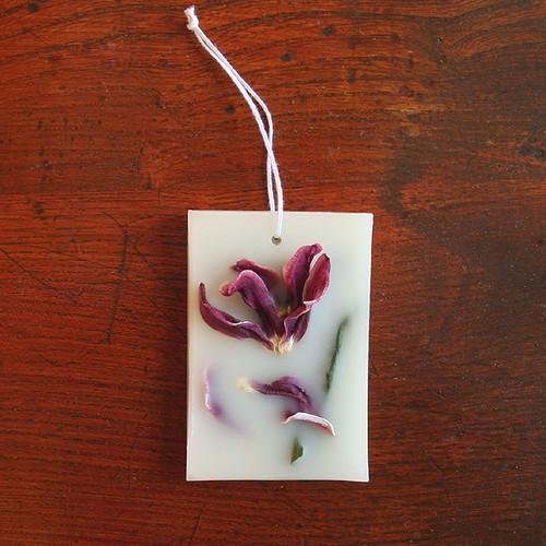 ボタニカルアロマワックスプレート (飾り花:チューリップ / アロマ:レモン)
