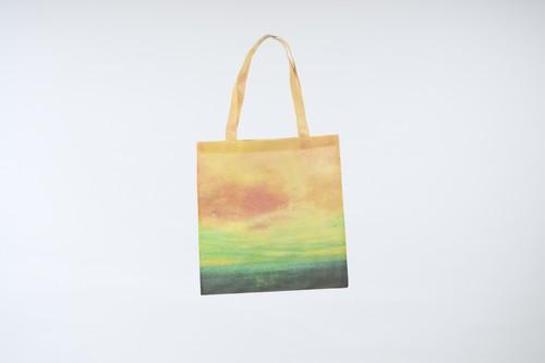 海と黄色い空を描いた、メッシュ素材のトートバック