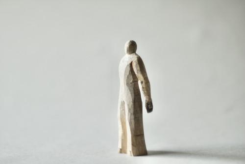 (089)  wood figure-motion_001