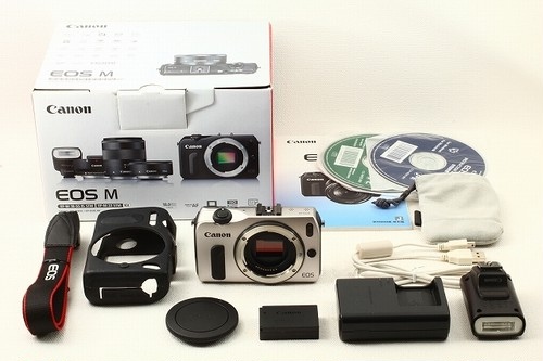 Canonキヤノン EOS M ボディ シルバー◆元箱 極上品ランク/9513