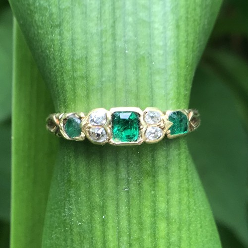 Regency Emerald & Diamond Ring