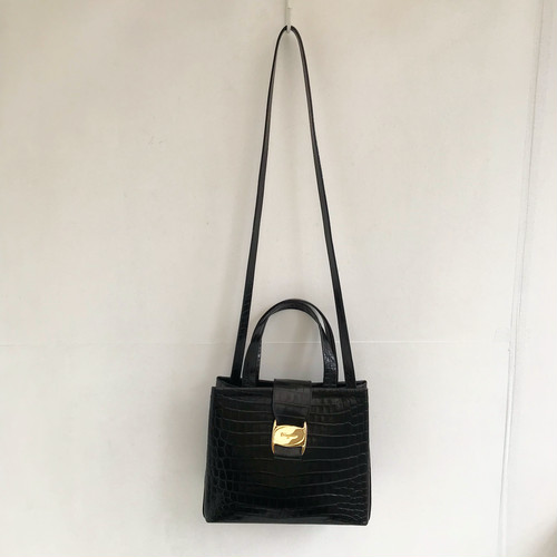 Ferragamo VARA leather shoulder & hand bag