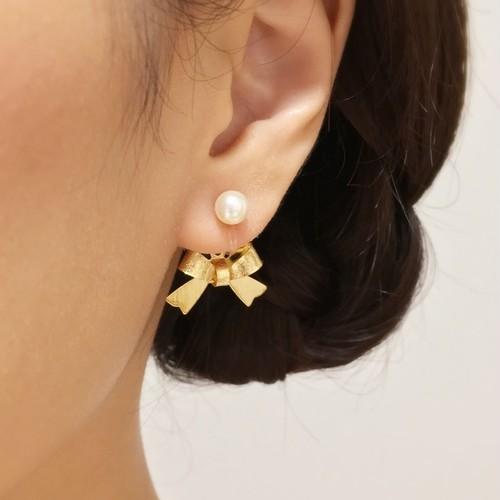 クリスタルパールとゴールドリボン/バッグチャームのイヤリング(ピアス可)#028