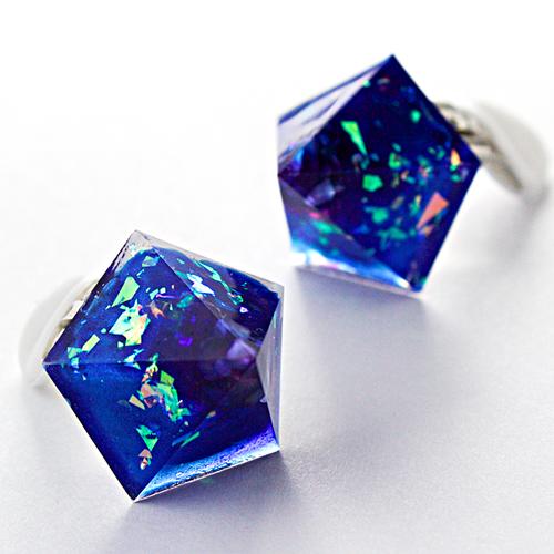 ペンタゴンイヤリング(カリブの宝石)