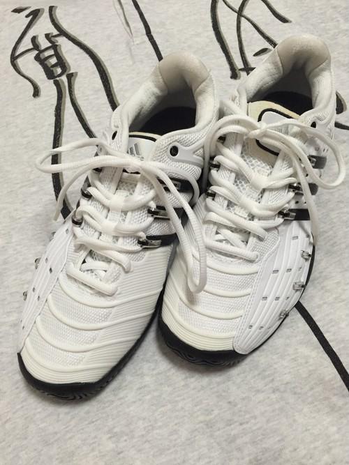 2008's adidas Barricade sneaker
