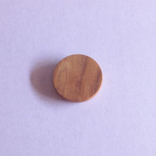 木こりのバッジ|50mm丸|001