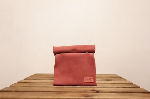 RESAROLL red sizeS [クラッチバッグ]