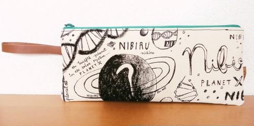 世界に一つだけ!Sho.art 手描きイラストのクラッチバッグ「惑星ニビルクラッチ」(送料無料)