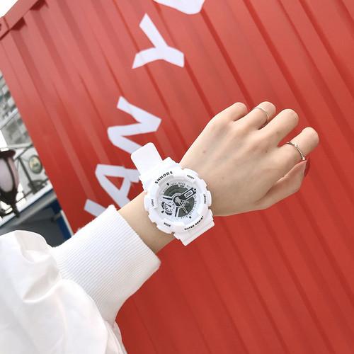 【小物】韓国風簡約・シンプル防水運動腕時計