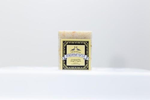 とろける泡のホワイトハニー石鹸(ジャスミンの香り)