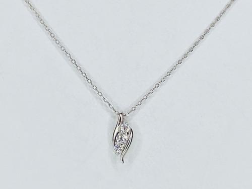 PT900/850 0.06ct  ダイヤモンドネックレス ●