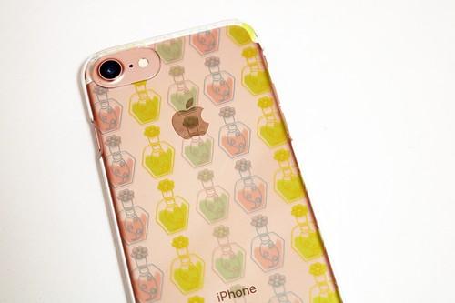 iPhone7対応 ハードケース(花摘みのマニキュア)