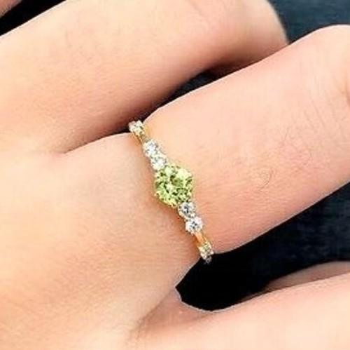 誕生石リング|ペリドット|8月|リング|婚約指輪
