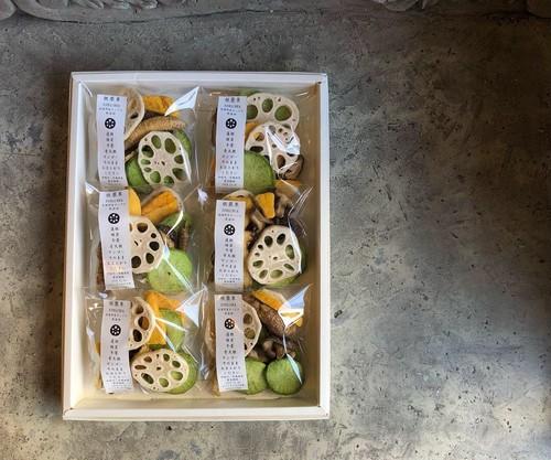 根蕈果 6P 白化粧箱