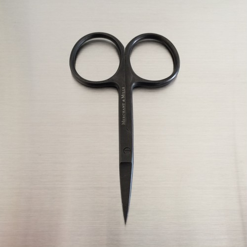 Merchant & Mills / wide bow black scissors