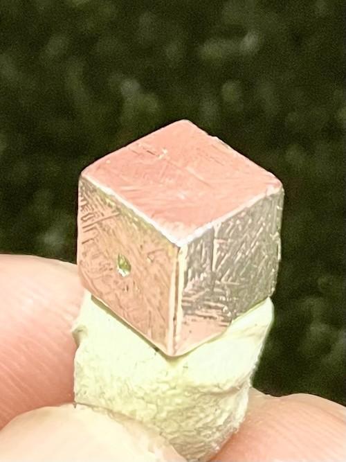 2) メテオライト(隕石)・ルース