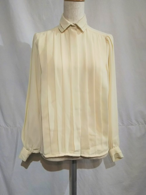 Tuck design blouse /Made In Romania [K-436]
