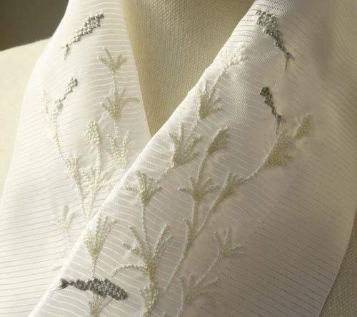 刺繍半衿・ポリ絽・金魚の夢モノトーン