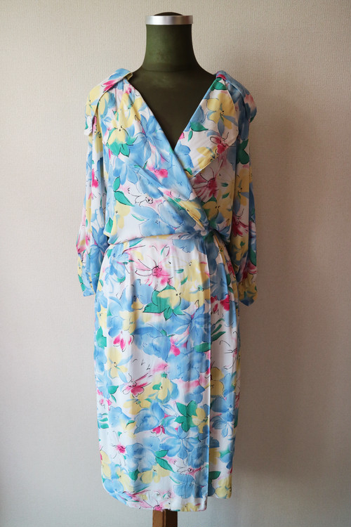 Water color flower onepiece